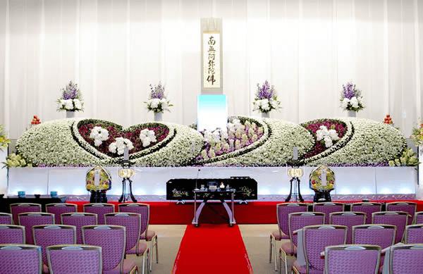 創業者を個人葬で送る大阪市立やすらぎ天空館にて